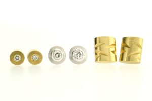 Diamond & 18ct Gold Ear Studs by Robert Feather Jewellery