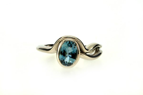 Oval Aquamarine 18ct White Gold Ring : Robert Feather Jewellery