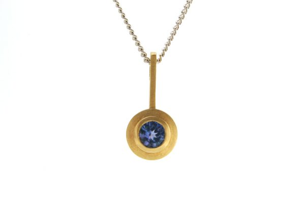 Saucer Design Tanzanite 18ct Yellow Gold Necklace : Robert Feather Jewellery